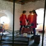 Linnakkeen kanuunamiehiä